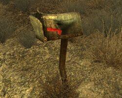 Brown Mailbox1