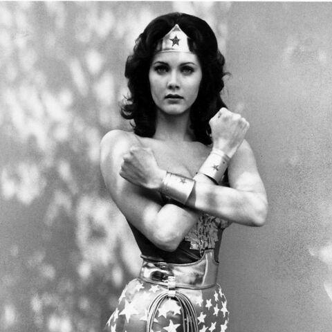 Лінда Картер у ролі Диво-жінки, 1976