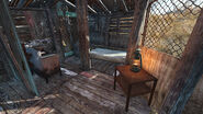 FO4 Shanty store inside