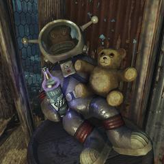 Місячна мавпа Дженглс в компанії плюшевого ведмедика розпиває Вім! Капітанський коктейль
