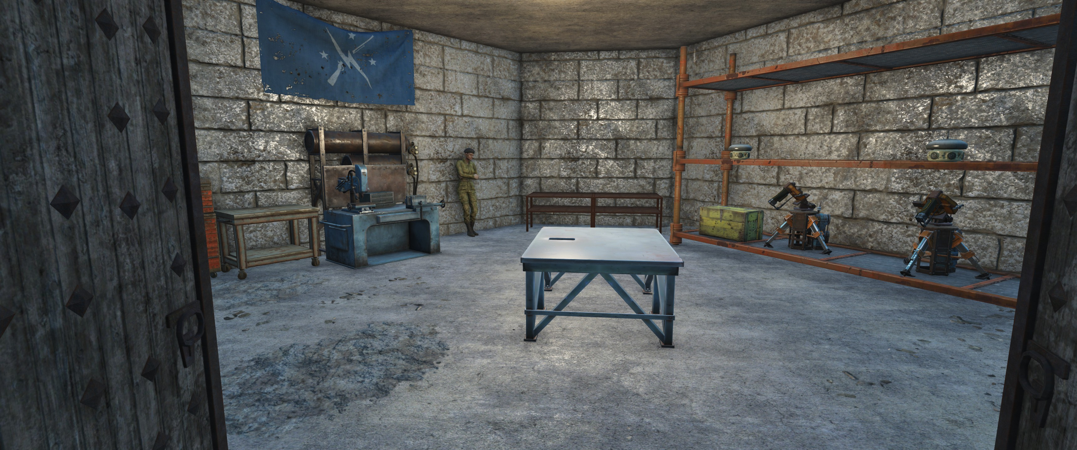 FO4 Castle Armory