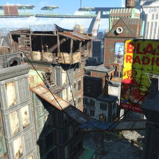 Місток між будівлями