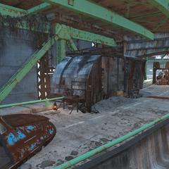 Збройовий верстак біля хатини