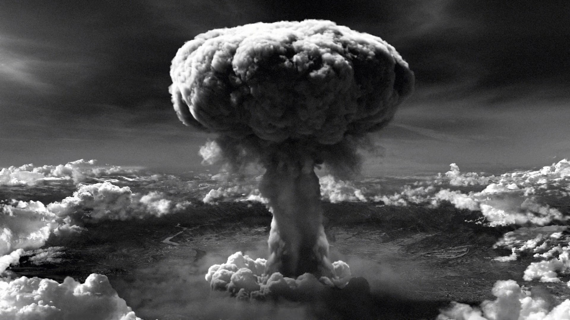 an analysis on few writings about united states dropping a nuclear bomb on japan
