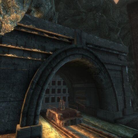 Тунель з боку <a href=