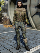 FO76WL Ghillie Suit Female Hoodless