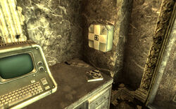FO3 Underworld Chop Shop Medical Supplies