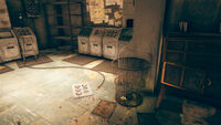 FO76 Abbie's bunker (trash bin with holodisks)