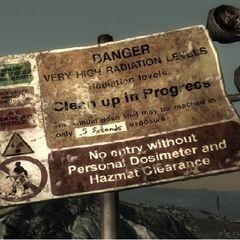 87號避難所外的跡象,說明存在的輻射水平高。