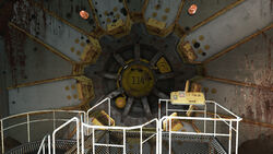 FO4 Vault 114 (door)