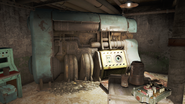 FO4 Federal ration stockpile interior 2
