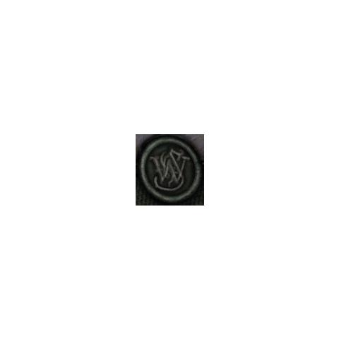Логотип «Smith & Wesson» на рукоятці