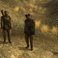 Мінімальний загін з двох звичайних бійців, мораль 1-3