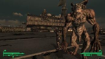 Fallout 3 DLC Deathclaw by RustyRaccoon