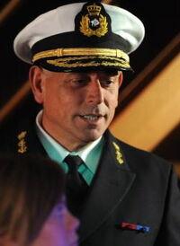 S24 Kapitein-Cruiseschip profiel