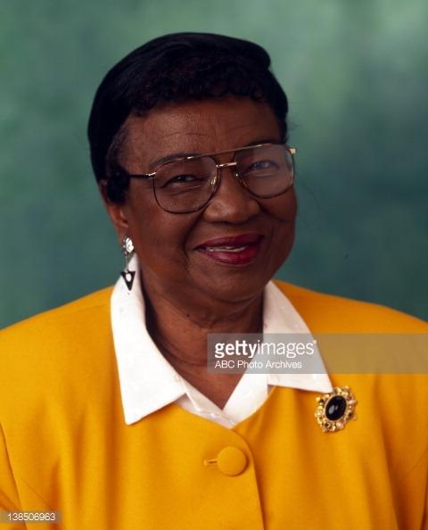Estelle Winslow | Family Matters Wiki | FANDOM powered by ... Rosetta Lenoire Funeral