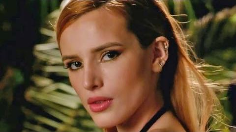 Famous in Love official trailer 1 (2017) Bella Thorne