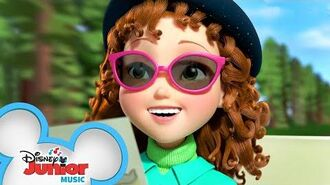 The Wonderful World That Awaits Me 🌎 Music Video Fancy Nancy Disney Junior