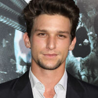 Daren Kagasoff Craytel Database Fandom He is best known for starring as ricky underwood on the abc family teen drama daren kagasoff. daren kagasoff craytel database fandom