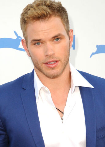 File:KellanLutz.jpg