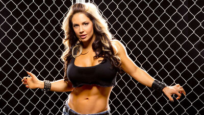 Kaitlyn wwe who is she dating