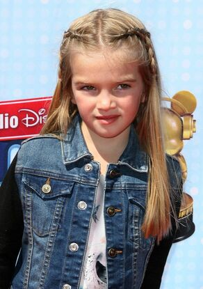 Mia-talerico-radio-disney-music-awards-2014-01