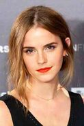 Emma-Watson-close-up-Vogue-28Aug15-Getty b 320x480