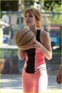 Bella-thorne-basketball-tristan-04