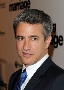Dermot Mulroney Premiere IFC Films Love Wedding 8ypwzlO nCjl