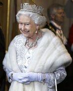 Magda-browne-royal-crowns-royal-jewels