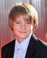 Dakota-goyo-premiere-real-steel-01