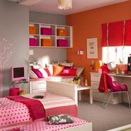 Teenage-girls-bedroom-695332