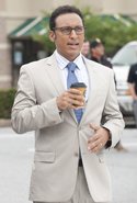 Aasif mandvi in Million Dollar Arm (1)