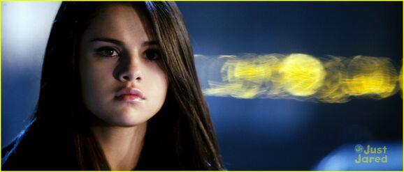 Selena-gomez-getaway-stills-10
