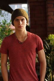 Jake-t-austin-the-fosters