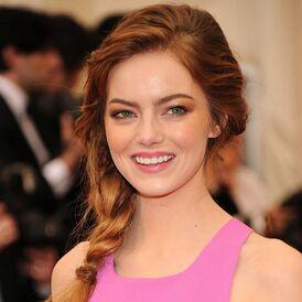 Pictures-Emma-Stone-Hair-Makeup-2014-Met-Gala