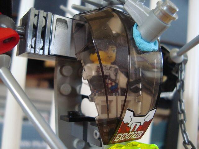 File:Kuratsu in Platinum Warrior.jpg
