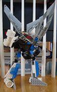 Hydro Titan pose1