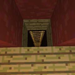 <b>Pasadizo secreto hacia el dormitorio, oculto por una Mesa de Crafteo.</b>
