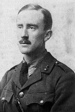 250px-Tolkien 1916