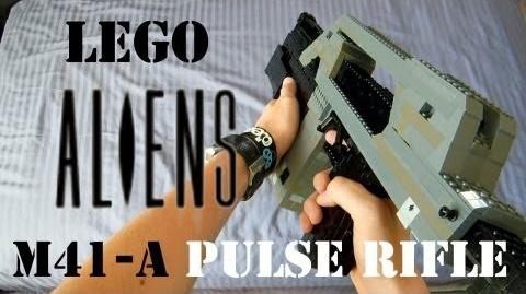 Aliens Lego M41-A Pulse Rifle