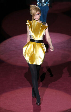 Marc Jacobs Runway Fall 09 MBFW HhOI153vrYkl