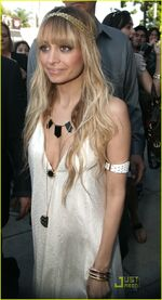 Nicole-richie-house-of-harlow-14