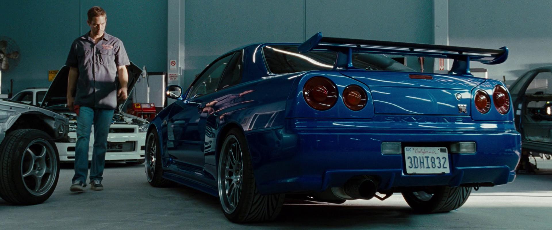2002 Nissan Skyline GTR R34 01.png