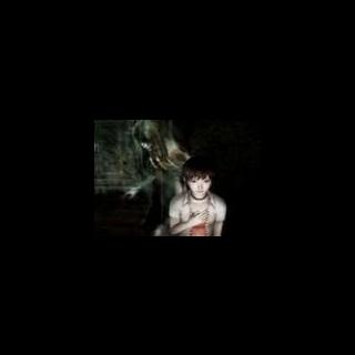 Miku es acosada por el Fantasma de Kizuna Himuro