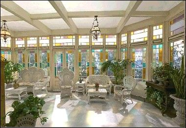 Image halliwell manor sun fated charmed the for Charmed tour san francisco