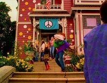 Halliwell Manor Hippie Days