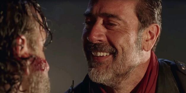 the walking dead negan jeffrey dean morgan smile