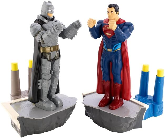BatmanvSuperman-Rock-Em-Sock-Em