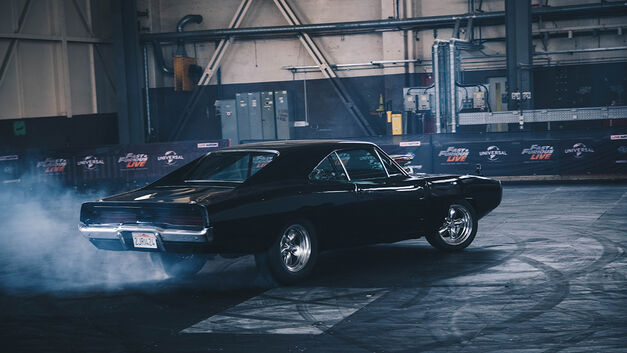 Charger-FAst and Furious Live